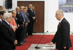PALESTINIAN-POLITICS-GOVERNMENT-HAMAS-ABBAS