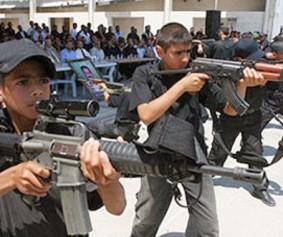 Hamas_trains_kids-283x237